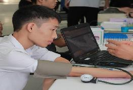 Khoa Y Dược tích cực hưởng ứng ngày hội Hiến máu