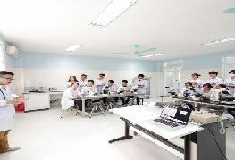 VIIE 2021: Trường ĐH Y Dược, ĐHQGHN mang đến nhiều sản phẩm công nghệ
